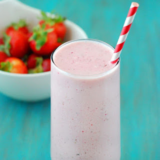 Low Carb Strawberry Cheesecake Smoothie.