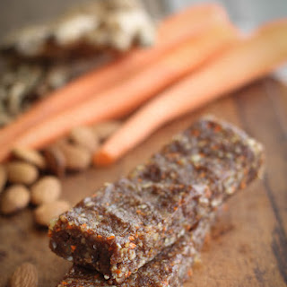 Carrot Cake Raw Bars