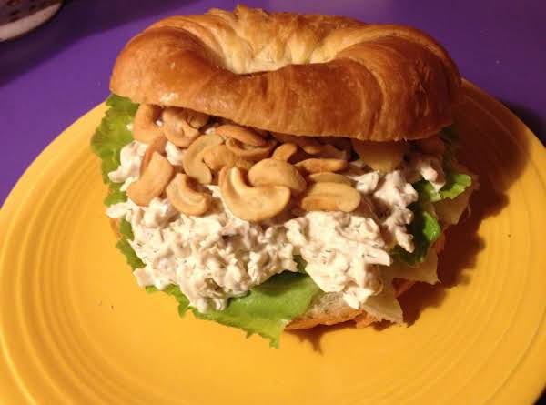 Dilled Chicken Salad With Cashews On Croissants