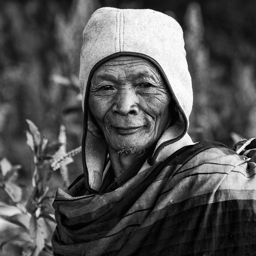 Farmer by Steven Teo - Black & White Portraits & People ( elderly man, farmer, black and white, wrinkles in time, portrait,  )