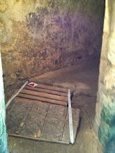 Photo: Entrée du souterrain
