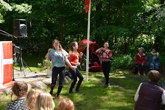Photo: Elever fra Efterskolen for Scenekunst optræder