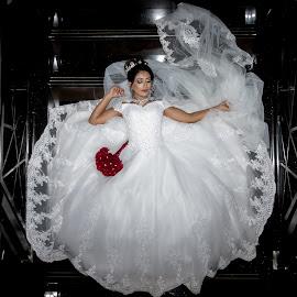 Loving Bride by Dylan  van den Berg - Wedding Bride ( #bellsbarefoot, #muslimwedding #indianwedding #bride #wedding #weddingdress #weddingphotography #nikah #bridallehenga #brides #muslimcouple #muslimbride #indianethnicwear #weddinginspiration #weddingreception #muslimahfashion #punjabisuits #weddingideas #muslimah #punjabiweddings #usa #love #weddingphotographer #unstitchedsuits #uk #engagements #canada #indianboutiques #anarkalisuits #photographer )