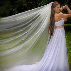 Wedding photographer Viktoriya Vinkler (Vikivinki). Photo of 25.12.2013