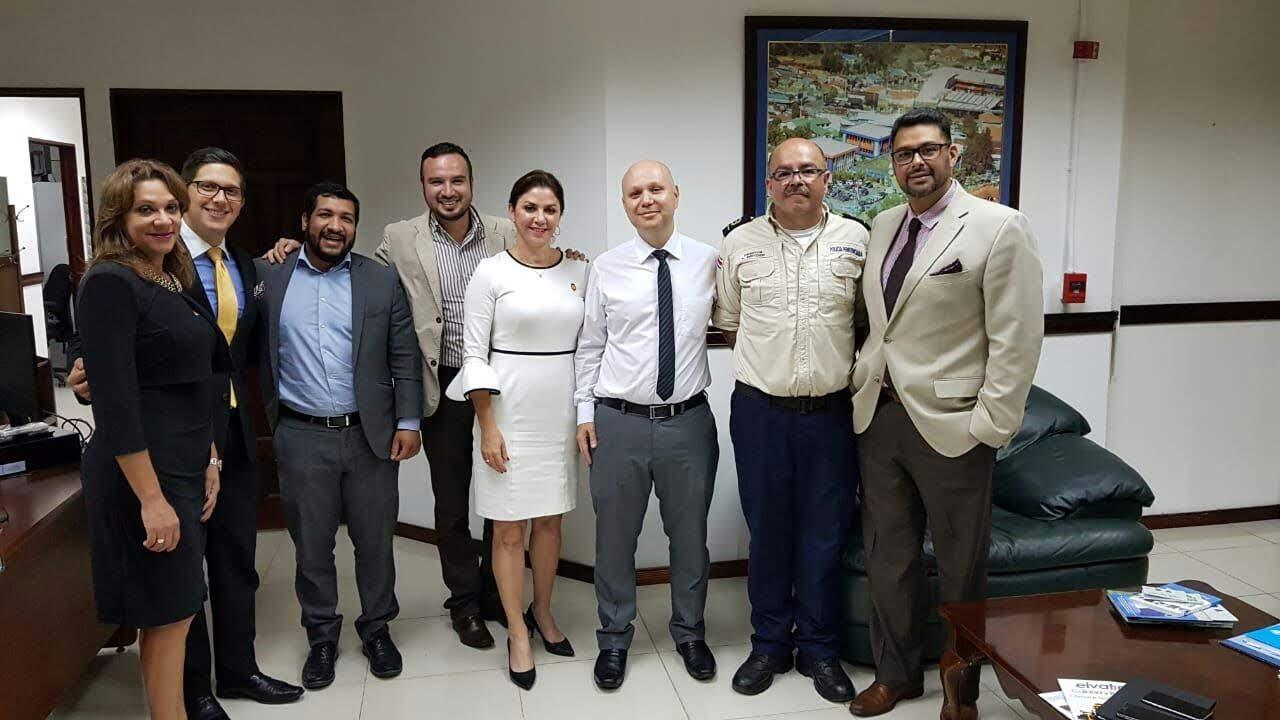 JERARCAS DE MINISTERIOS DE SEGURIDAD Y JUSTICIA COORDINAN ACCIONES CONJUNTAS PARA FORTALECER LA PREVENCIÓN
