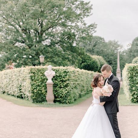 Wedding photographer Maksim Evmenenko (MaximEvmenenko). Photo of 04.10.2017