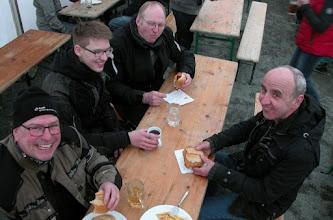 Photo: Die 2-Ventil BOXER BMW Gruppe beim Stärken. Hier bei der Klassikfahrt in Pfungstadt