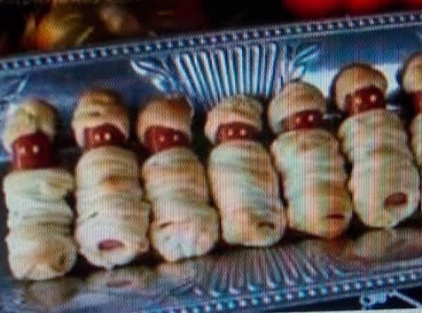 Halloweenie Mummys..   (crescent Mummy Dogs) Recipe