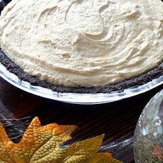 Stupid Easy No Bake Chocolate Peanut Butter Pie.
