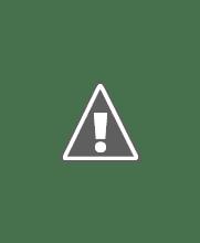Photo: Vi runder et kapell før vi kommer inn i Peter og Paul katedralen i bakgrunnen
