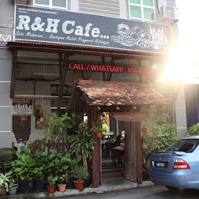 【世界の朝食】マレーシアの小さな港町ムアールで味わう朝ごはんとは?