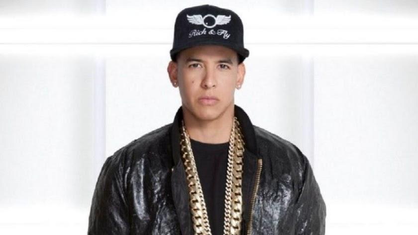 Un hombre se hace pasar por Daddy Yankee y le roba dos millones en joyas