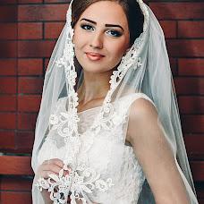 Wedding photographer Larisa Dovgalyuk (Lora-foto). Photo of 24.01.2016