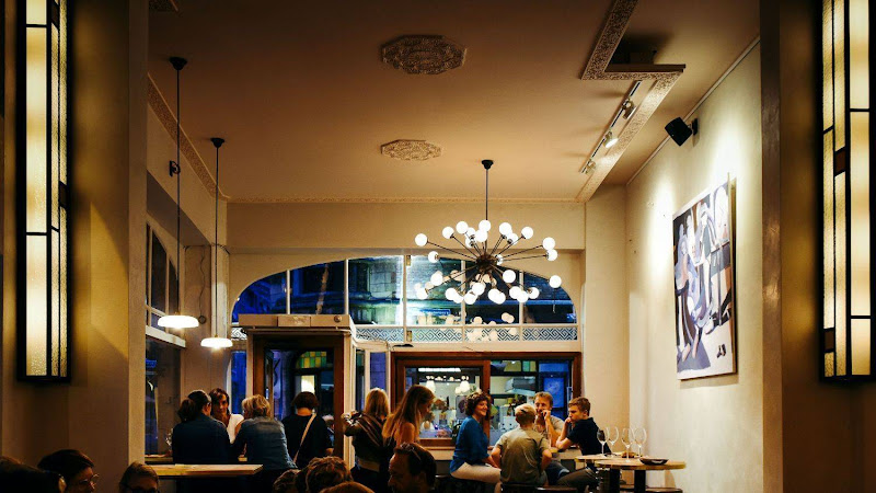 Sud Sud - Bistro Sudsud in leuven, foto's Tom Herbots, verlichting atelier NightLight