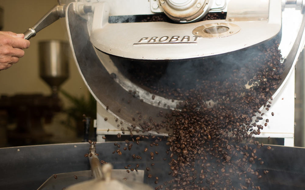 coffee roaster with roasted beans