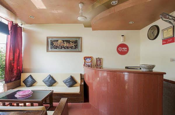 OYO Rooms Raja Park