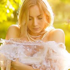 Wedding photographer Anna Pustynnikova (APustynnikova). Photo of 09.04.2017