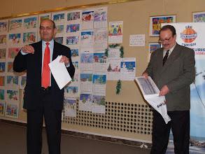 Photo: Marele laureat 2007 al U.Z,P., Dan Lupescu, si presedintele juriului, Mihai Miron