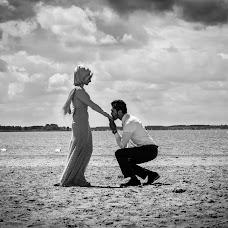 Wedding photographer Canol Zeren (canolzeren). Photo of 22.06.2014