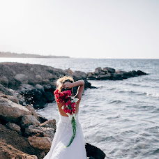 Wedding photographer Olya Papaskiri (SoulEmkha). Photo of 25.09.2017