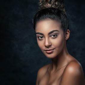 Alexis by Sean Malley - People Portraits of Women ( beautiful, lips, woman, beauty, brunette, skin, model, girl, eyes, fashion )