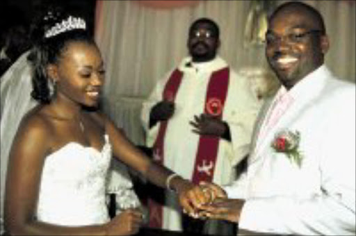 HALALA: TV personality Mpho Tsedu married Mbali Hadebe over the weekend in Soweto. Pic. Lucky Nxumalo. 28/04/08. © Sowetan.