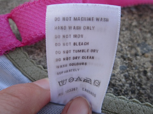 Bao lâu bạn giặt áo ngực một lần