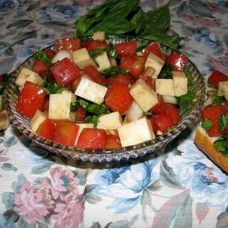Tritate Insalata Caprese (chopped Tomato, Fresh Mozzarella, & Basil Salad)