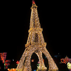 Miniatur of Eiffel tower .... by Nyoto Nugroho Poospo - Buildings & Architecture Architectural Detail