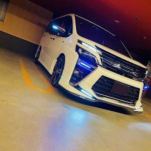 ヴォクシー ZRR85W ZS煌Ⅱ 特別仕様車のカスタム事例画像 Ryoさんの2021年05月16日23:35の投稿
