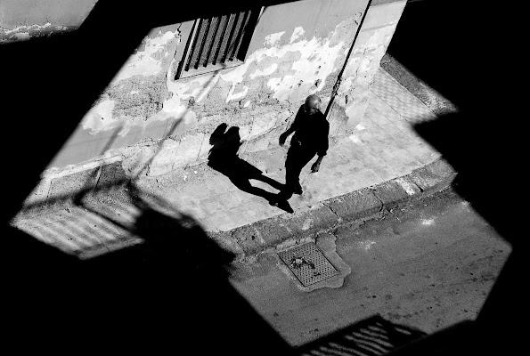 Tra ombra e controluce di mariateresacupani