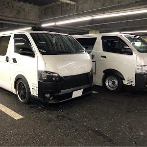 ハイエースバン TRH200V SUPER GL 2018年式のカスタム事例画像 keiji@黒バンパー愛好会さんの2019年09月01日10:06の投稿