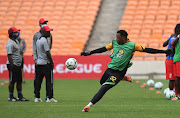 Out-of-form Itumeleng Khune of Kaizer Chiefs has surprisingly been selected as one of Bafana Bafana goalkeepers for the Afcon games.