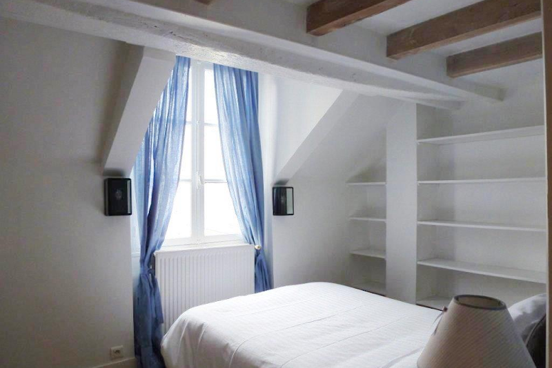one bedroom apartment latin quarter