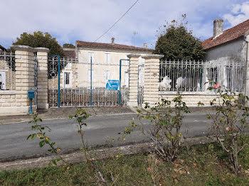 maison à Cravans (17)