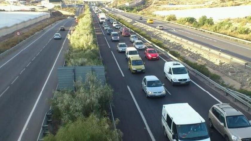 La A-7 protagoniza un nuevo accidente de tráfico en el acceso a Almería.