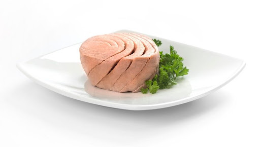 Can Dogs Eat Tuna? Is Tuna Safe For Dogs?