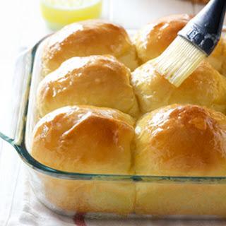 Fluffy Sweet Potato Dinner Rolls