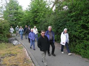 Photo: Fußmarsch zu Hildegard und Herberts Wohnung mit anschl. Besichtigung der Bieber Schäden