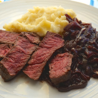 Fillet Steak With Onion And Red Wine Sauce And Mashed Potatoes Recipe