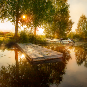 Morning Light by Rose-marie Karlsen - Landscapes Sunsets & Sunrises ( water, sunrises, sunbeams, green, beautiful, boats, reflections, lake, landscape, morning, sunlight, sun, nature, serene, trees, lovely, summer, sunrise,  )