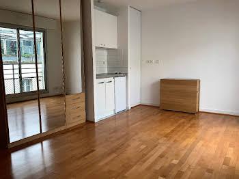 Studio 25,26 m2