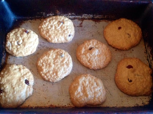 bake 9-10 minutes until lightly golden brown. Remove from oven allowing to cool on...