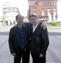 Photo: Foto del 27 de Abril 2007. Reencuentro en León. Dos auténticos PAJES: Josemari Cortés Aranaz y Chema Sarmiento.