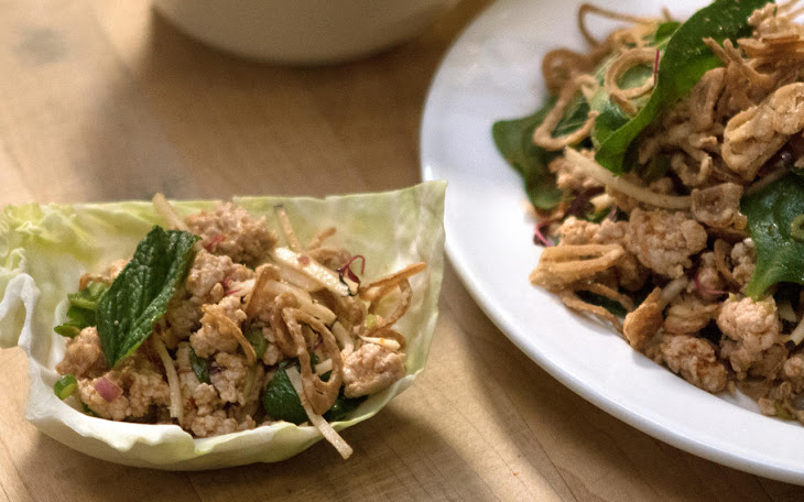Chicken Larb Cabbage Cups with Sriracha, Lime, and Green Beans Recipe