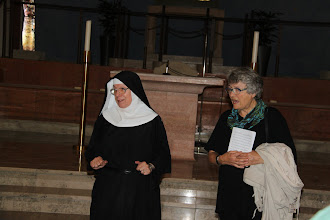 Photo: Valfartskirken. Søster Hiltrud fortalte kun kort, da hun var engegageret med en børnegruppe