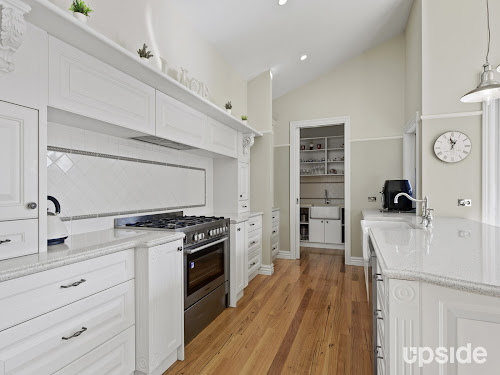 Photo of property at 7 Red Maple Drive, Cranbourne West 3977