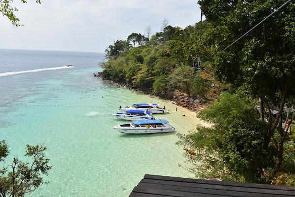 Snorkel stop around Koh Phi Phi Don