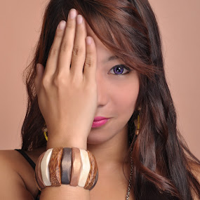 Graniella by Ervin Roy Sese - People Portraits of Women