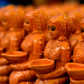 Clay Dolls: Sale is On! by Vinod Rajan - Artistic Objects Business Objects ( doll, doll photography, doll fashion, street, dolls, street photography,  )
